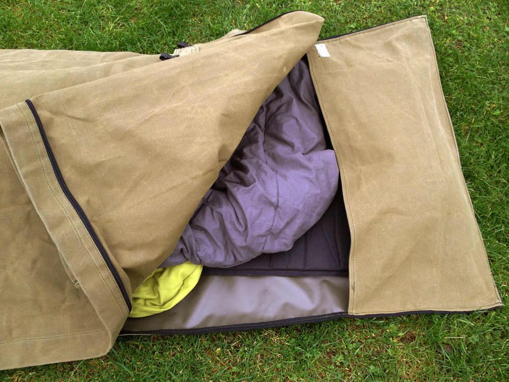 The full Wynnchester canvas bedroll/swag ... & Swag tent | Path Of The Paddle.co.uk